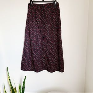Dresses & Skirts - Black cherry print midi skirt